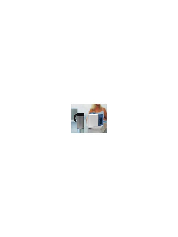 Mini frigo para latas D03 - Permite enfriar latas hasta 5ºC o bien calentar, usando la taza que incorpora, hasta 65ºC.